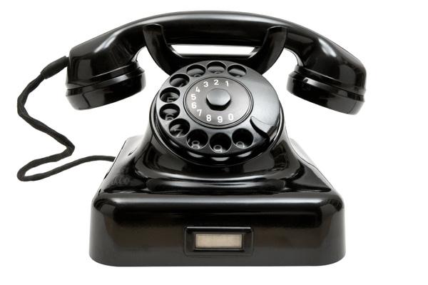 Điện thoại bàn, người bạn hữu ích qua thời gian